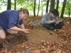 Die klassische Form der Arbeitsteilung beim Fahnenmastbau ;-)